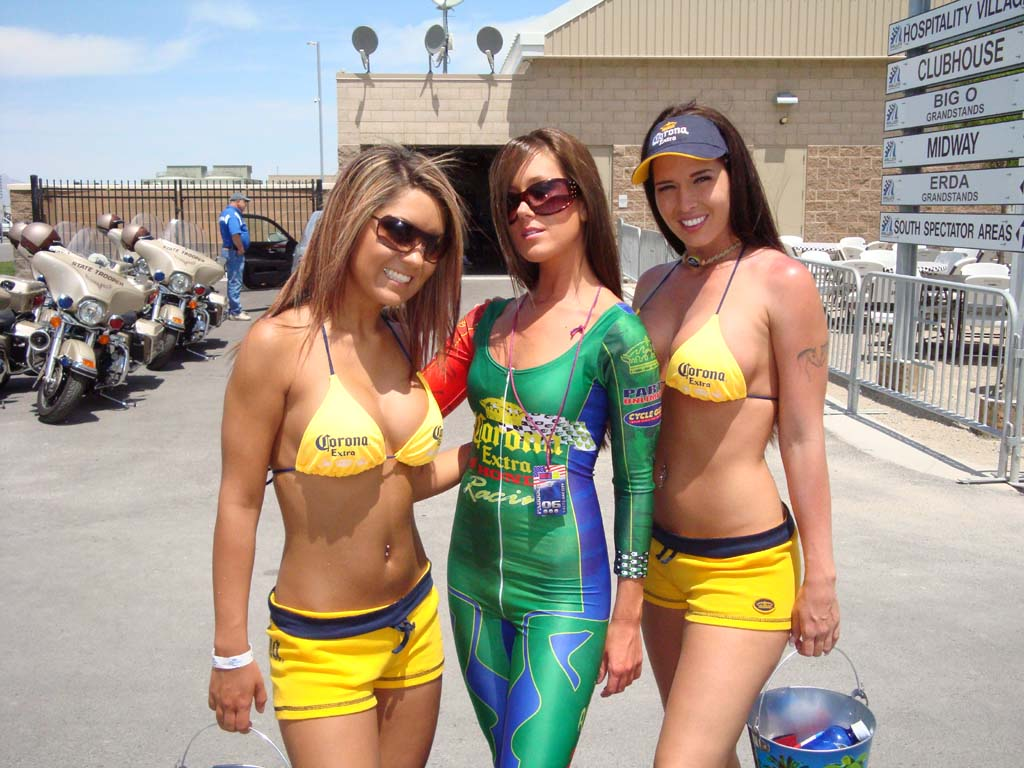 wild motorcycle rally girls Car Tuning